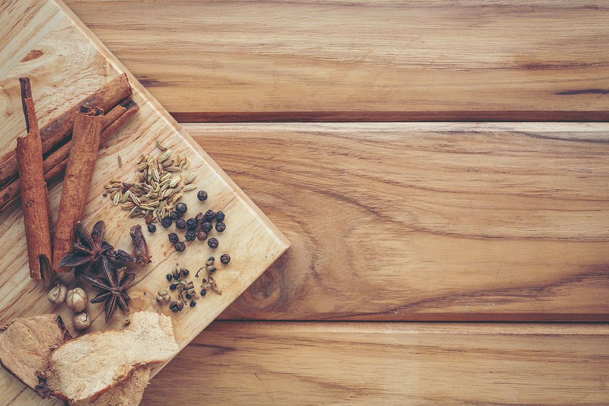 昆虫は古くから漢方薬に用いられている